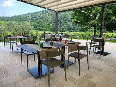 Terrazza estiva ristorante TerraRossa Caneva