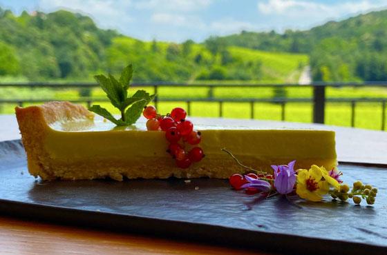 Torta-al-lime-fatta-in-casa-ristoro-terrarossa-caneva